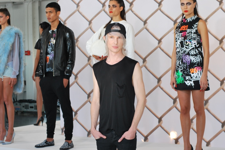 Brian Lichtenberg and models during his presentation