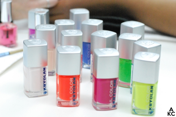 Kryolan colors at the manicure station